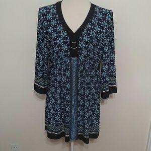 Black and blue floral 3/4 sleeve mini dress